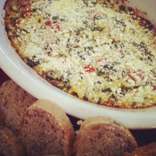 Kale Takes a Dip: A Guest Post, by Healthy Sous-Chef Partyologist, Lea Bowen