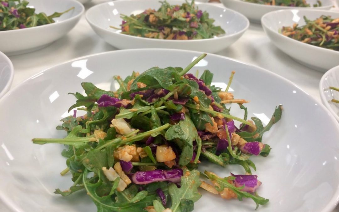 Spicy Tuesday – Arugula Salad with Roasted Pepper Dressing – Smoked Paprika